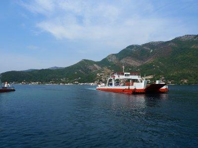 Praamiga üle Kotori lahe